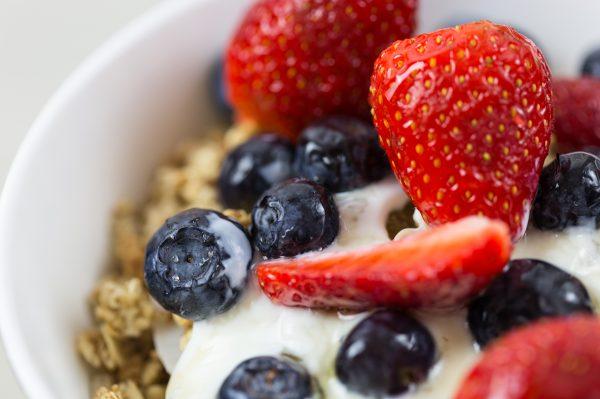 berries-berry-blueberries-566564